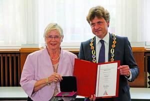 Ehrenmedaille der Stadt für Rita Fromm